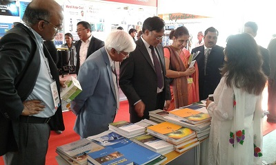 Prof Ashutosh Sharma, Secretary, DST visit the Stall of UCOST